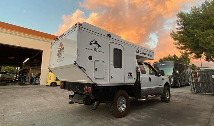OEV Camp-HBE flatbed truck camper